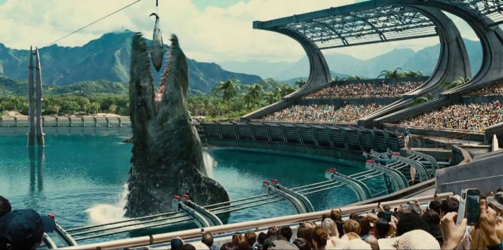mosasaurus jurassic world review hangout