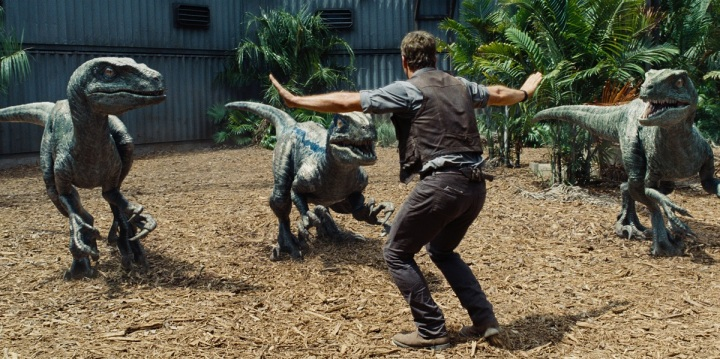 chris pratt raptors jurassic world review hangout