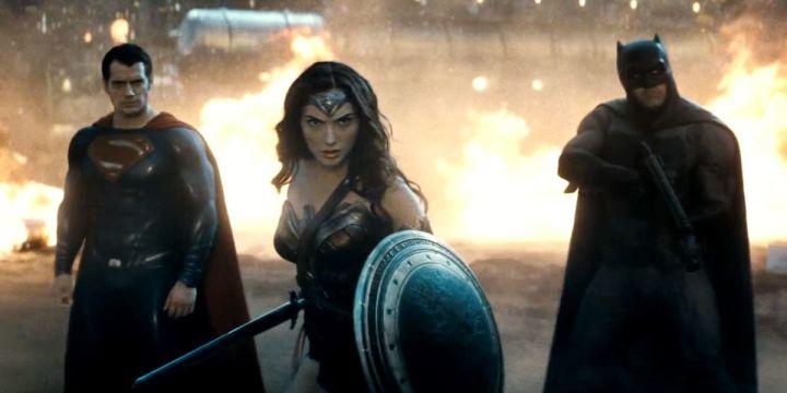 batman v superman review trinity