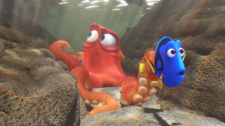 finding dory review hank octopus