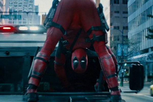 Deadpool 2 - Deadpool Looks For Trouble