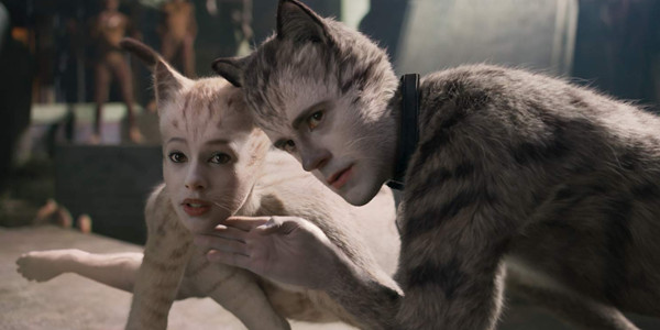 Robbie Fairchild and Francesca Hayward as Munkustrap and Victoria in Cats The Movie