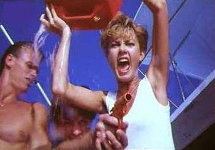 Jaws 5 Cruel Jaws - Screaming Woman