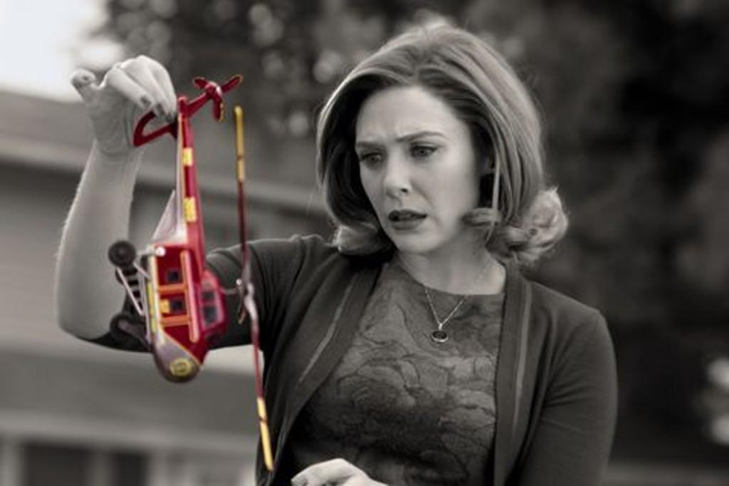 Wandavision Wanda With Toy helicopter